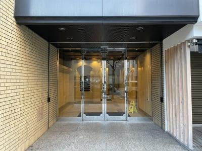 神栄ビル レンタルスペース 会議室301-1の外観の写真