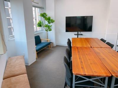 K&D5スペース 貸し会議室【K&D5スペース】の室内の写真