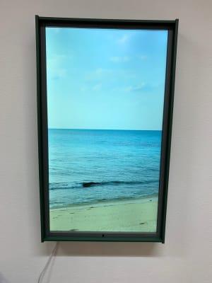 室内ディスプレイ(沖縄の海岸の映像) - CHALEUR MAISON ブーゲンビリアのその他の写真
