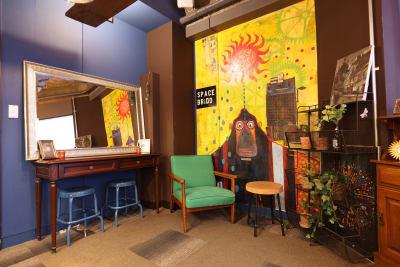 大きな鏡のコーナも人気!  - 大手町スペースブリッド コワーキング撮影スタジオ の室内の写真