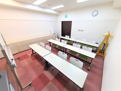 12名様での使用例 - ホテルアスティア名古屋栄 会議室、多目的スペースの室内の写真