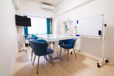 ティファニー会議室の室内の写真