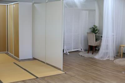 畳ブースはカーテンなどで仕切って個室になります - MERIA 多目的サロンスペースのその他の写真