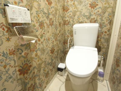全部屋トイレ有。毎日スタッフが清掃しておりますので綺麗です。 - KOBE RENT SPACE Aスタジオ(3F)多目的スペースの設備の写真