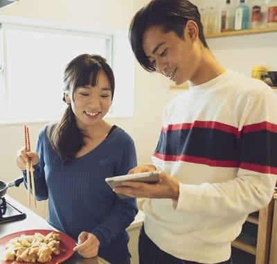 カップルでのご利用 - ゲストハウス岐阜羽島心音 フルキッチン付きレンタル個室の室内の写真