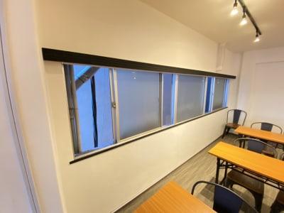 窓を開けて喚起可能 - TIME SHARING四谷 B(タイムシェアリング)の室内の写真