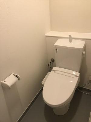 トイレは別棟にございます。 - U-SPACE 土浦店 MS NOMADのその他の写真