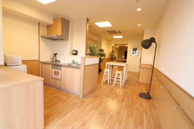 ひふみ苑天満橋 最大14名会議室・キッチンありの室内の写真