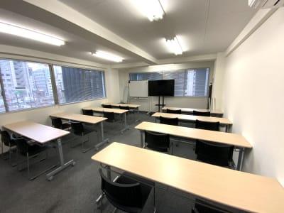 ♬マルチアクセス貸会議室@東京♬ アクセス抜群のレンタル・スペースの室内の写真