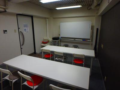 サローネ西九条 ・2階レンタルスペースの室内の写真