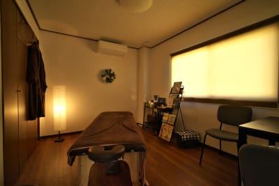 施術・セラピストルーム - きららつながりスペース 施術室・ヨガ・会議室の室内の写真