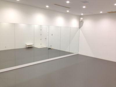 福岡クリエイティブビジネスセンター(FCBC) 01スタジオの室内の写真