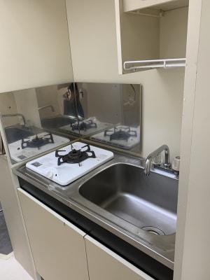 ●ミニキッチンと給湯も完備 - 池尻リフレッシュRoom A-10号室の設備の写真