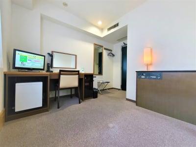 ホテルアスティア名古屋栄 テレワーク・プライベート空間Bの室内の写真
