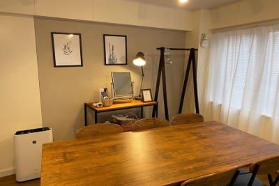 レッスンやワークショップにもおすすめ - 【forspace代々木Ⅱ】 多目的スペース(4F)の室内の写真