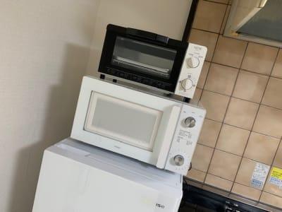 電子レンジ・トースターもご用意。お料理や軽食にもご利用ください。 - AXA舟入 多目的スペース【703】の設備の写真