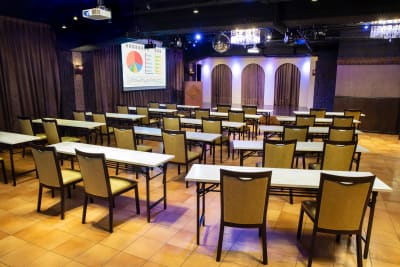 会場② - パセラリゾーツ横浜関内店 グレースバリ横浜関内店3Fの室内の写真