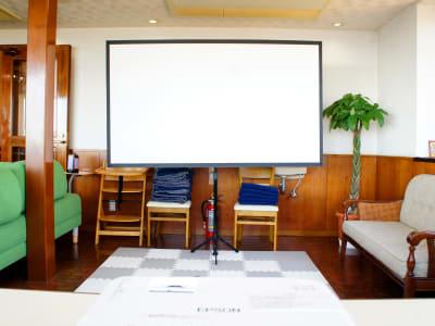 WeHomeVilla城ケ崎温泉 完全貸切ラウンジスペースの設備の写真