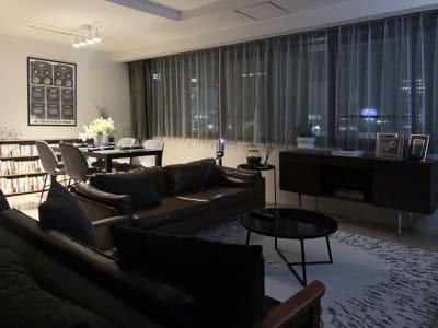 GYMTY堂島 プロジェクター・会議・飲み会の室内の写真