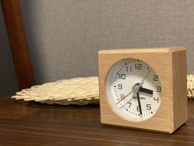 秒針の音がしないミニ時計 - 神戸レンタルサロンCHAKRA 「CHAKRA」住吉店の室内の写真
