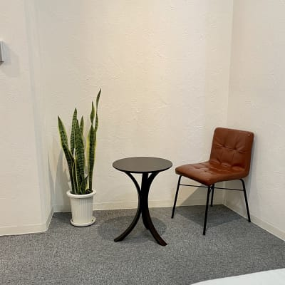 サロン内(接客スペース) - 市原ボディケアラボラトリー サロンスペースの室内の写真