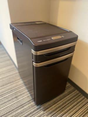 500mlのペトボトルが6本入る大きさです - CULTI EARL HOTEL 家具ありレンタルスペース1-2の設備の写真