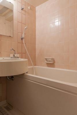 シャワー - SKYレンタルフットネスジムの室内の写真