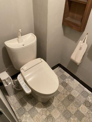トイレ - decoroom住吉 多目的スペースの室内の写真