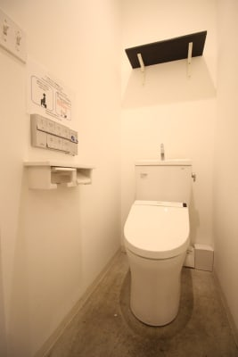 共用トイレ有り - THE NEXT DOOR レンタルブースA2のその他の写真