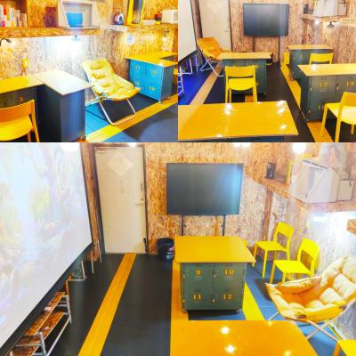 ドロンバ 3F DIYスペースの室内の写真