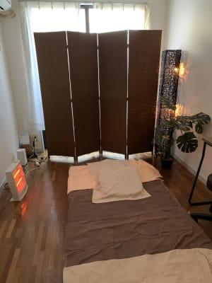 マッサージマットを設置するとこんな癒しの空間になります - 池尻リフレッシュRoom A-10号室の室内の写真