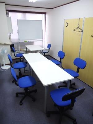 インテュイション・スタディブース 全室貸し切りタイプの室内の写真