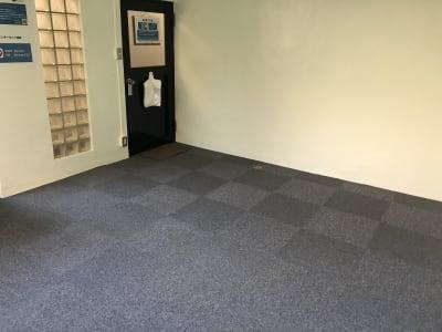 レッスン用レイアウト - JK Room 虎ノ門 レッスンスタジオの室内の写真