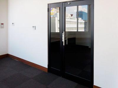 千葉中央大ホール・貸し会議室 第一会議室の入口の写真