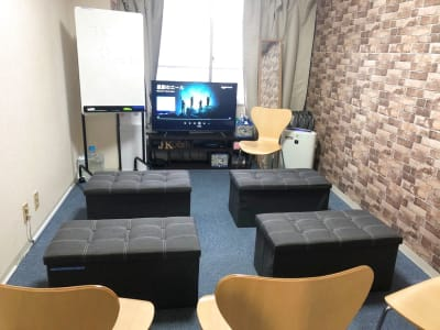 JK Room 日本橋2号店 【100円〜】テレワーク、会議の室内の写真