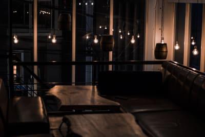 ROCK UP おしゃれなダイニングバ–店舗貸切の室内の写真