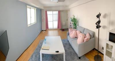 シンプルで快適な部屋 - なんばEastの室内の写真