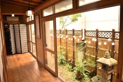 竹垣のある和室です。 - 神楽坂レンタルスペース香音里 全館貸切の室内の写真