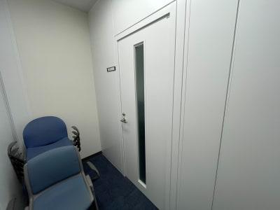 104入り口扉 - タイムシェアリング秋葉原ISM 104の入口の写真