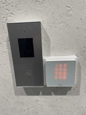 解錠用のテンキー - タイムシェアリング秋葉原ISM ブースAの入口の写真