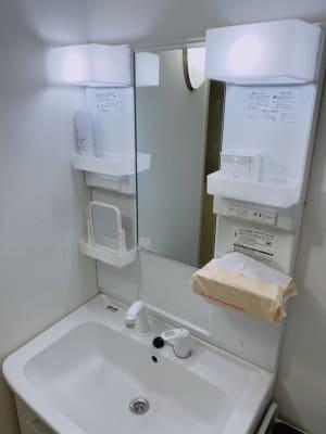 洗面台・シャワー完備!ご自由にお使いいただけます - Star-Club 市ヶ谷 ENERGY STUDIOの設備の写真
