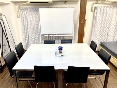 JK Room テルマー湯近く店 会議スペース【23】の室内の写真