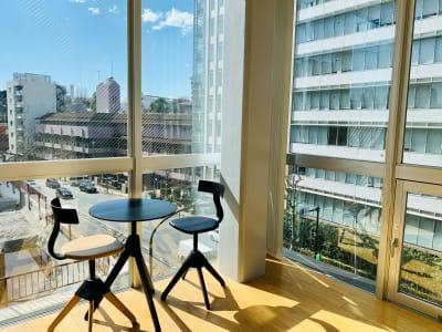 4階エントランス - 【多目的スペース】会議・撮影など 少しマリンな小部屋の入口の写真