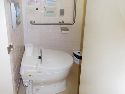 横浜スタジアム前ホール 第一会議室の設備の写真