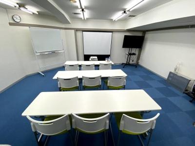 9人利用Ver - ブルースペース上野御徒町 レンタルスペース・ダンススタジオの室内の写真