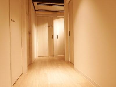通路の様子 - BEJORA SpaceSalonBEJORAの室内の写真