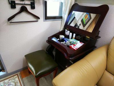 お化粧コーナー - オルセー  オルセーの室内の写真