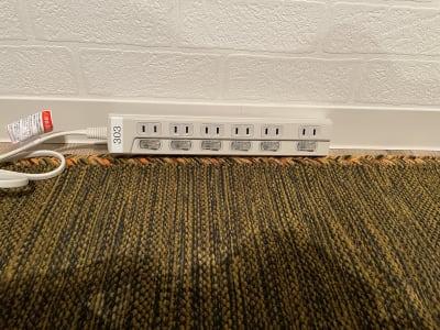 電源タップ(6口2m) - テレワークブース 池袋 303の設備の写真