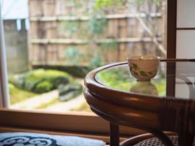 和室から眺める坪庭 - yue 貸しスペースの室内の写真