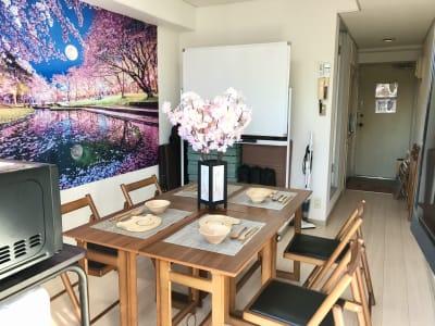 ゾウスペ新宿 会議室&サロンスペースの室内の写真